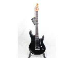 MusicMan Luke 3 HH - Black - Roasted Maple Neck - Rosewood hmatník