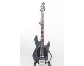 MusicMan StingRay4 H Sapphire Black, Neck Through, palisandrový hmatník