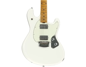 MusicMan StingRay Guitar HH - Ivory White - Maple hmatník - Mint Pickguard
