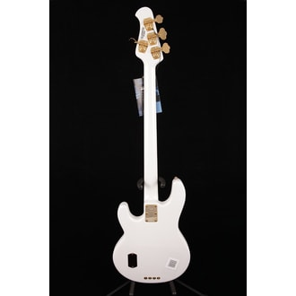 MusicMan StingRay 4 H bílá se zlatým hardwarem - Limited Premier Dealer Network